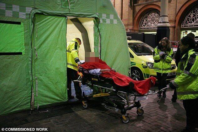 """英国圣诞节期间提供""""醉酒救治帐篷""""缓解医院压力"""