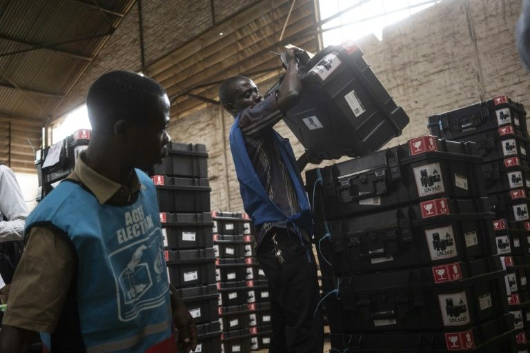 Dr congo starts countdown to vote as protest call fizzles