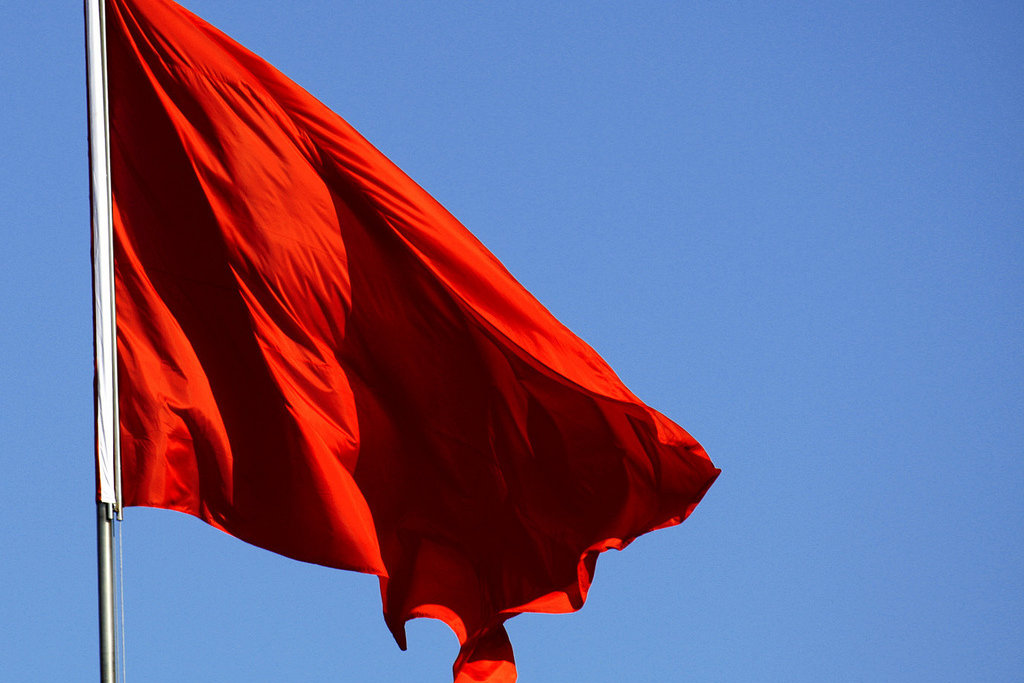 Hiring Managers Share Red Flags They Missed That Ended Up Costing The Company