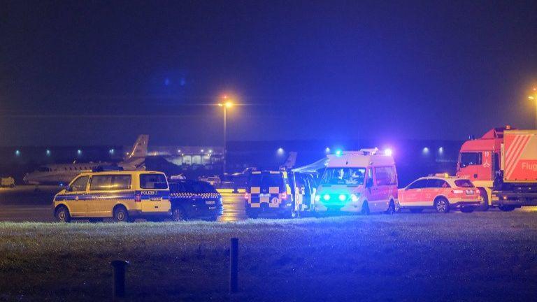 男子开车闯入跑道 德国汉诺威机场一度停止运作