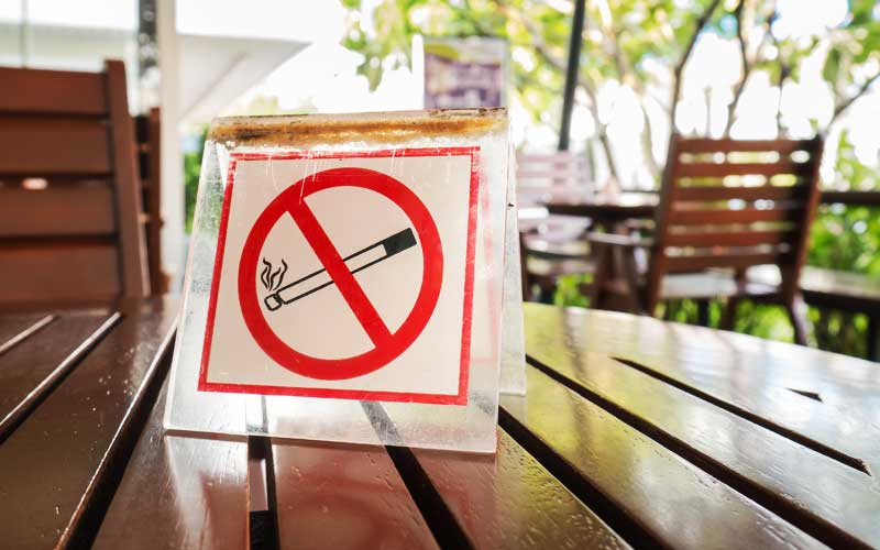No designated smoking areas allowed in eateries