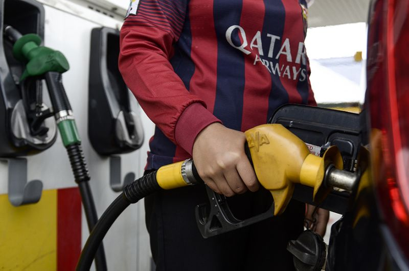 Fill 'em up: No changes to fuel price