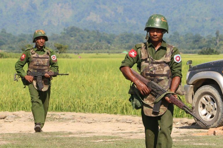 Rakhine rebels attack police stations in pre-dawn raids: myanmar army