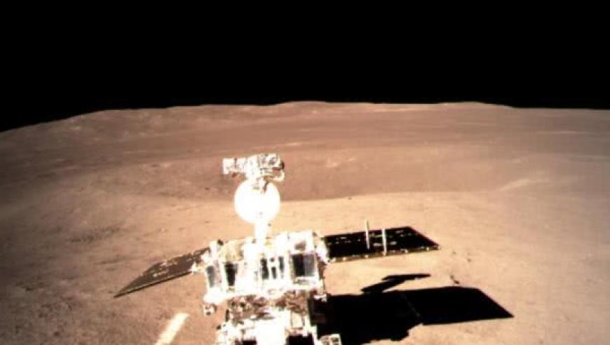 落月前绕月飞行了20多天 嫦娥四号在忙啥?