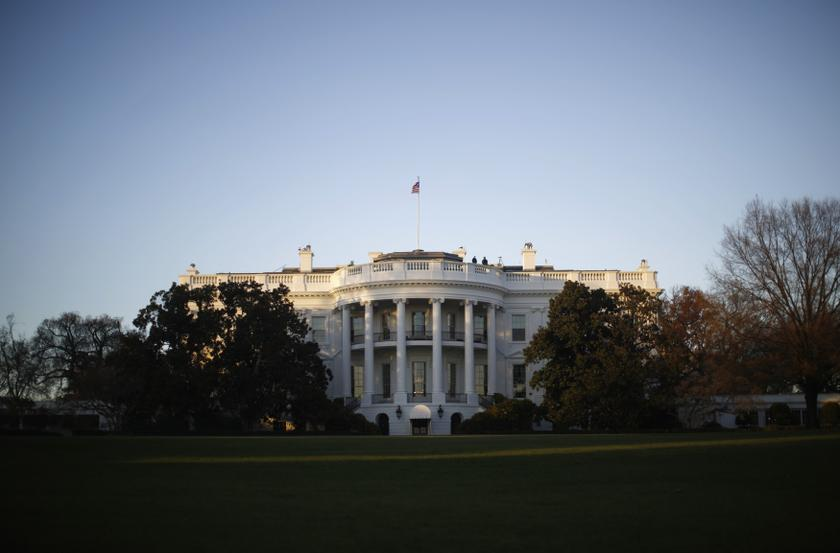 White House: Trump position unchanged as Syria withdrawal plans slow