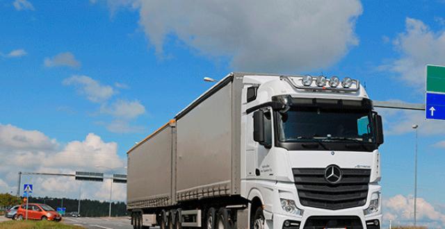 戴姆勒CES上发布自动驾驶卡车 今年7月美国量产