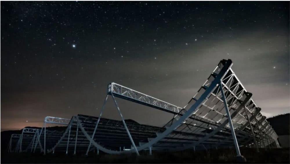 要不要回答!外星神秘重复信号刷屏,中国科学家这样解释…