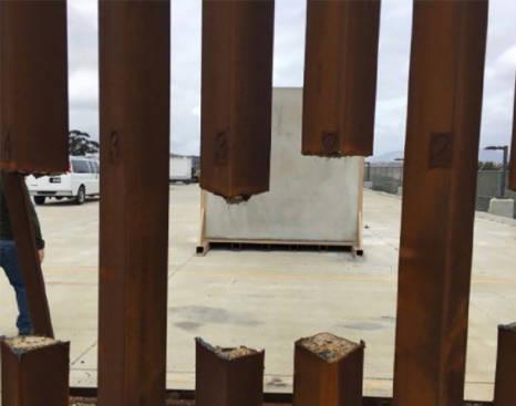 """特朗普想在南部边境建个""""钢板墙"""",但这钢材却一锯就断?"""