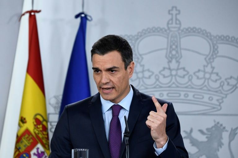 Spanish government approves draft survival budget