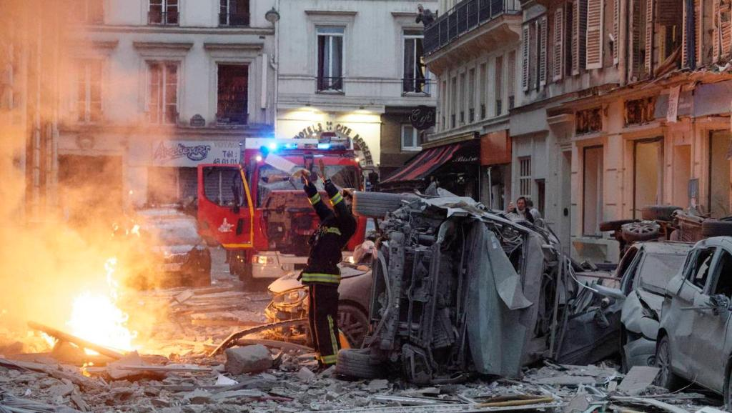 法国巴黎爆炸事件遇难人数升至4人