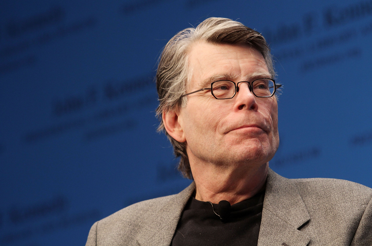 A Tweet From Stephen King Just Saved A Local Newspaper's Book Reviews 👏