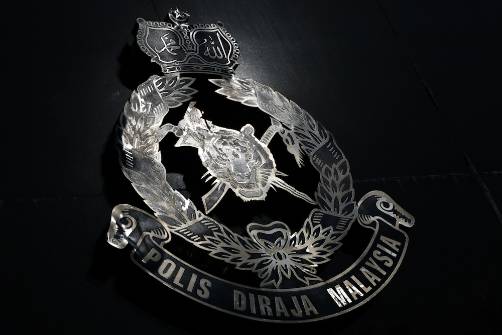 Two cops remanded for extorting couple, molesting woman in Kelantan