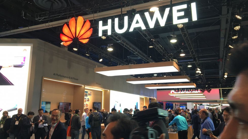Canadian telco Telus backs China's Huawei as 'viable and reliable'