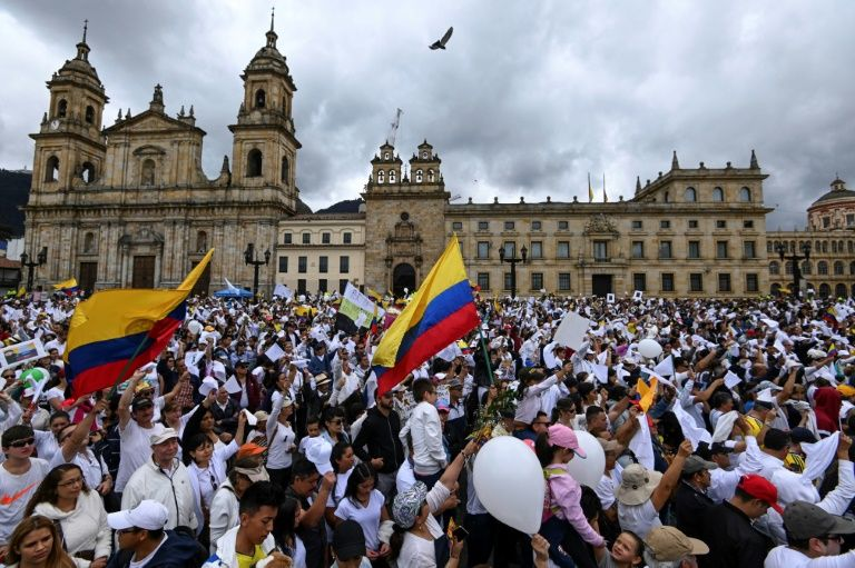 Thousands March in Bogota after deadly car bombing