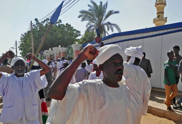 Sudan police confront protesters as bashir rejects accusations