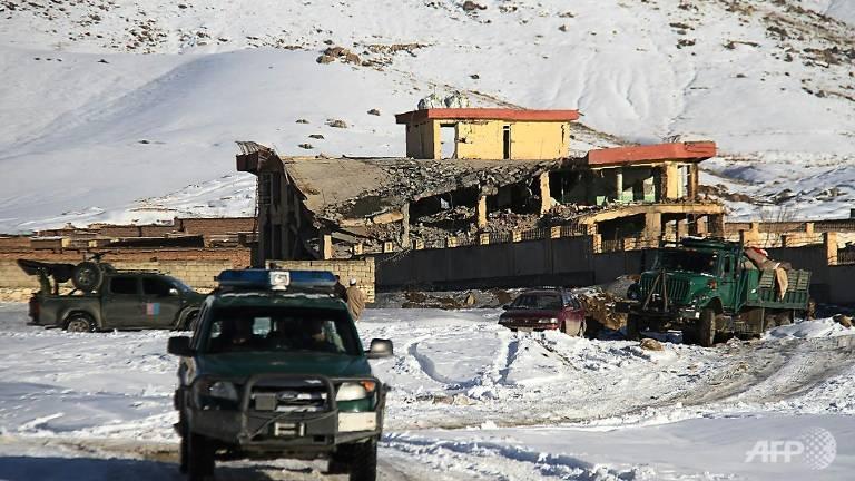 塔利班攻击阿富汗情报单位训练基地 至少65人死亡