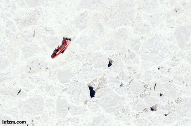 """""""雪龙""""号撞冰山人船安全!多年前""""雪龙""""号就曾经历极地脱险"""