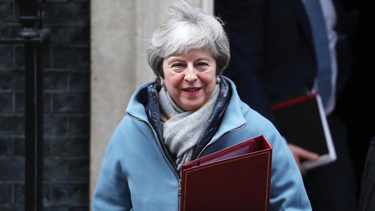 """特雷莎·梅:将继续与欧盟就""""脱欧""""协议进行谈判"""