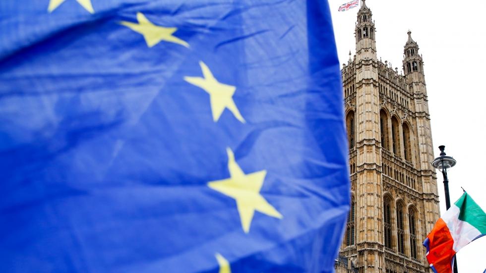 No-deal Brexit would mean hard Irish border, EU confirms