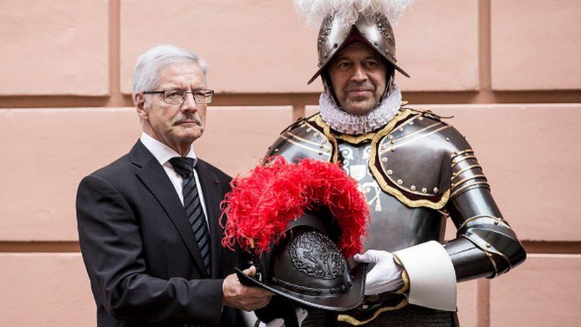 Swiss Guard don 3D-printed plastic helmets