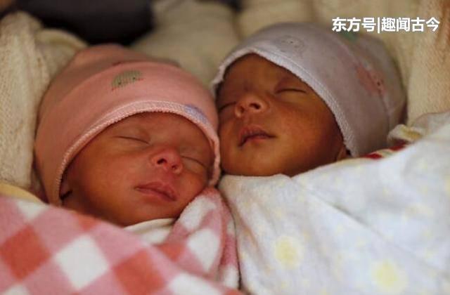 50岁印度老妇和65岁丈夫生下一对双胞胎,成当地年龄最大父母