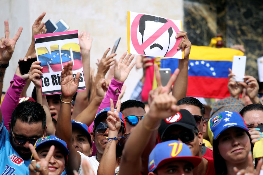US, regional powers back Venezuela opposition