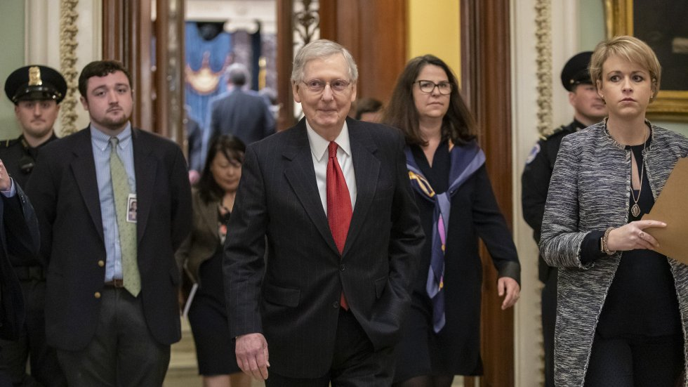 US Senate votes down both Democrat and Republican bills to end government shutdown