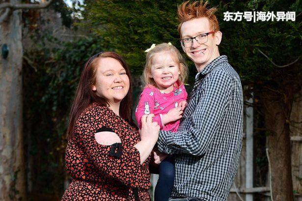 女子怀了孕却全然不知,因肚子痛被送到医院,3小时候后生下女婴