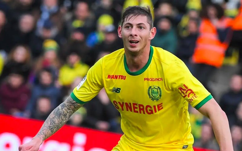 Channel police call off search for missing footballer Sala