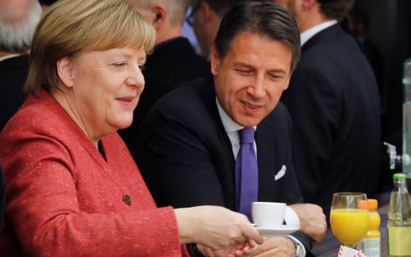 "Germany's Merkel calls for ""zero tolerance"" of anti-Semitism, hate"