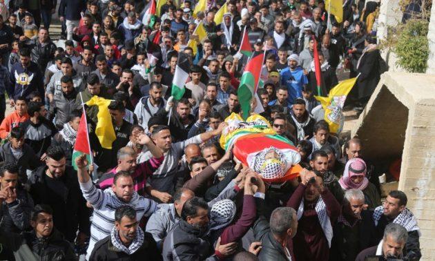 3,000 Palestinians mourn man killed in settlement showdown