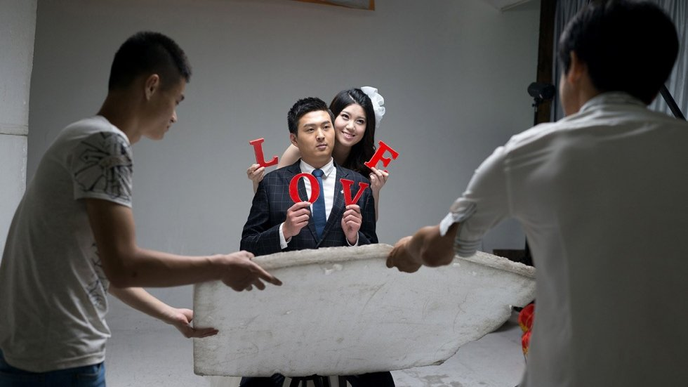 China Love documentary explores the country's pre-wedding photo shoot industry