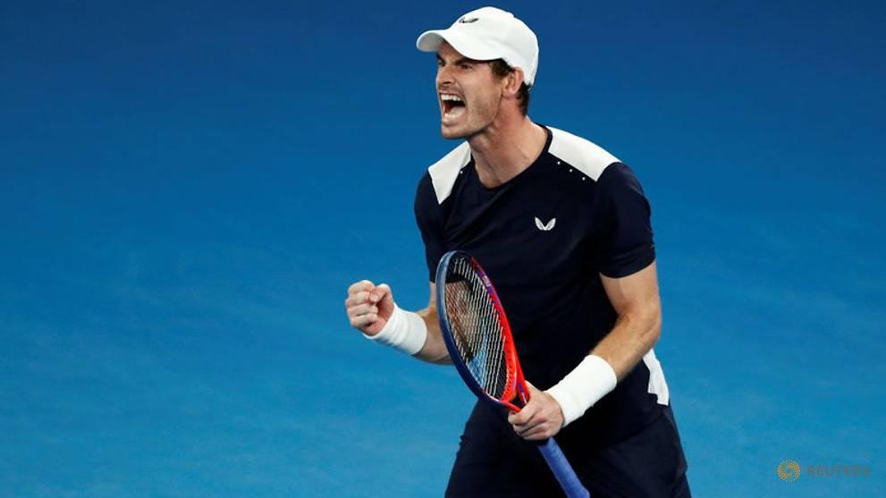 Tennis: Murray undergoes hip surgery in London