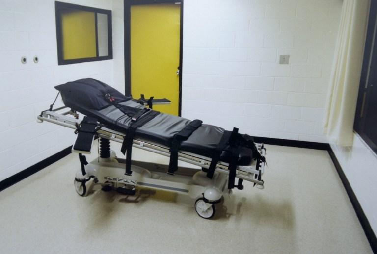 Texas to execute man who killed policeman 30 years ago
