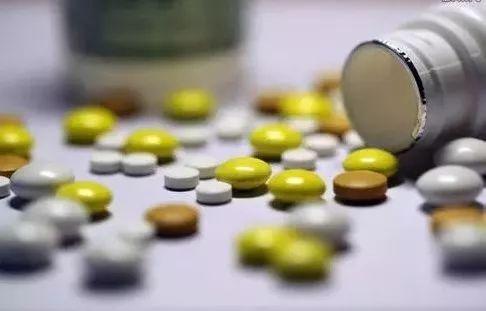 这样吃药等于自杀!福州小伙吃感冒药后全身溃烂!这种习惯你可能也有……