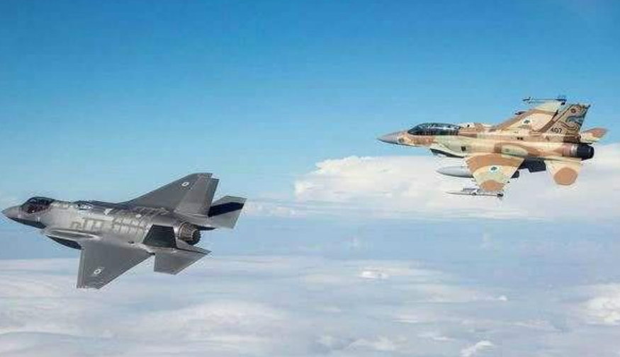 原创 叙利亚转移导弹之际,以色列抓住时机,强势空袭叙军多处基地