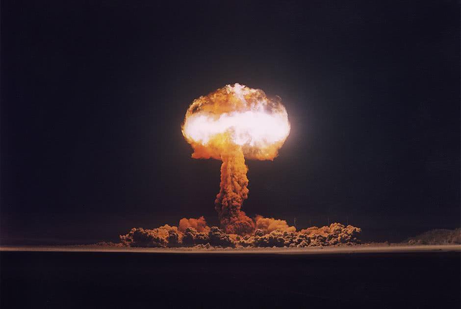 春节当天,美军向太平洋发射一枚洲际导弹,对手毫不迟疑回敬一枚