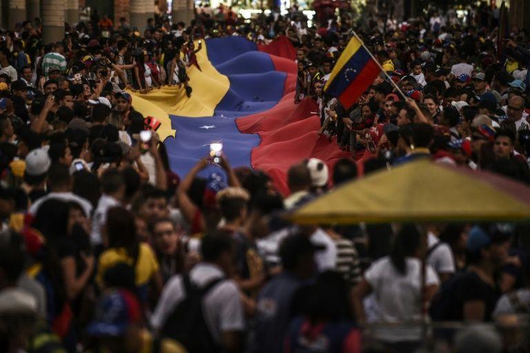 Ten days of turmoil in Venezuela
