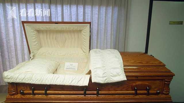 男子闯入殡仪馆连翻九棺盗财奸尸 婴儿也没放过