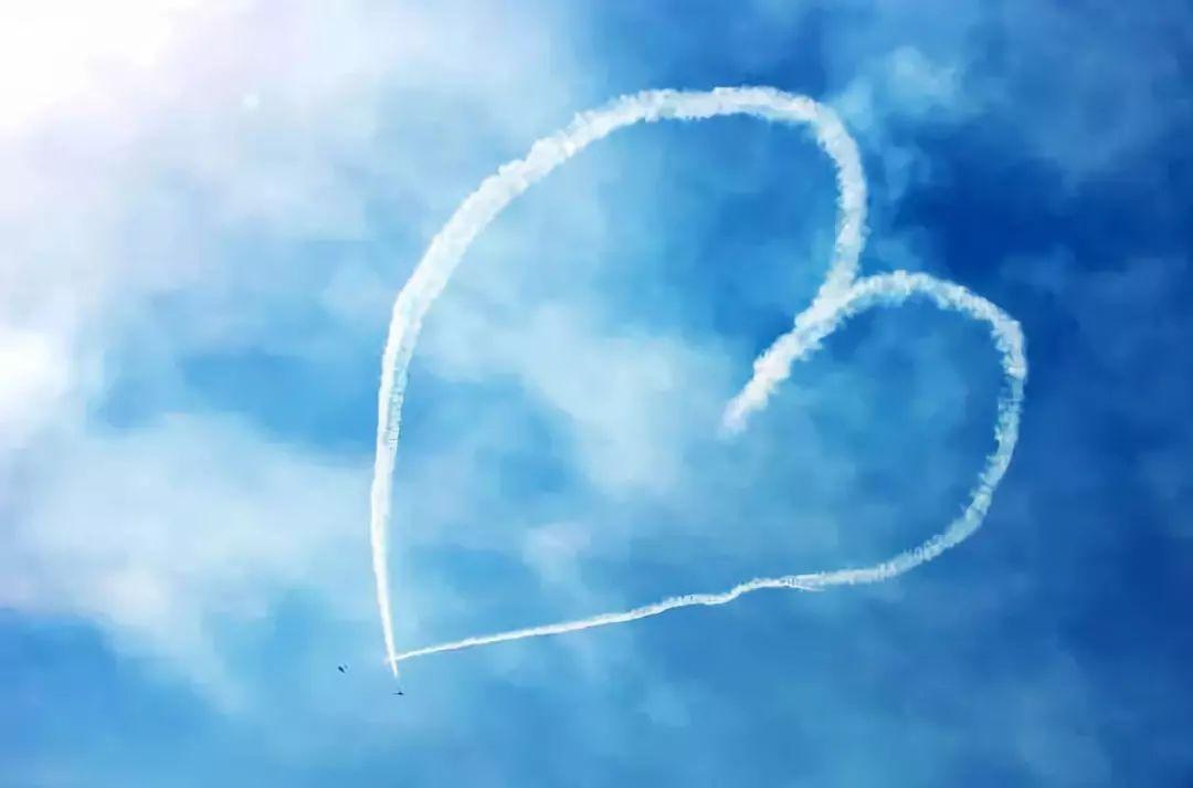 一位中国空姐的长文:万米高空看中国国民素质,我很悲伤!