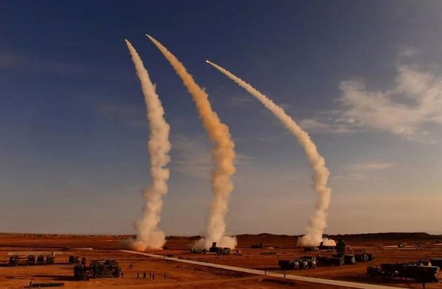 俄S400导弹号称能发现隐身战机,中方进口后,或试验对抗歼20