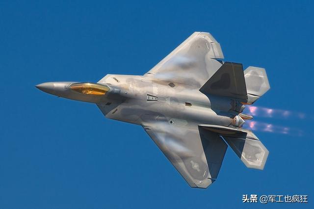 美国空军又一个里程碑:F-35的数量首次与F-22看齐