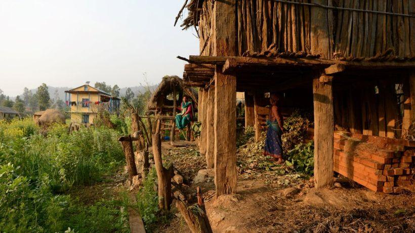 Nepal woman suffocates in banned 'menstruation hut'