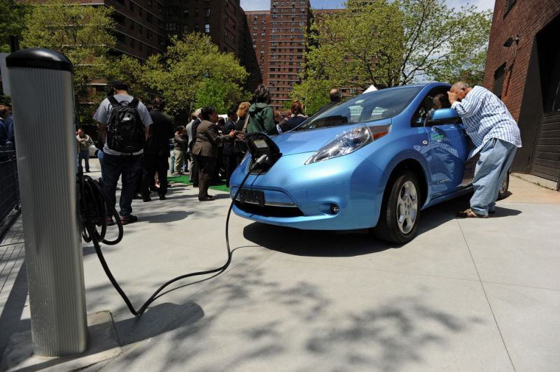 Tesla, Jaguar and Nissan EVs lose range in freezing temps as polar vortex leaves electric car owners out in the cold