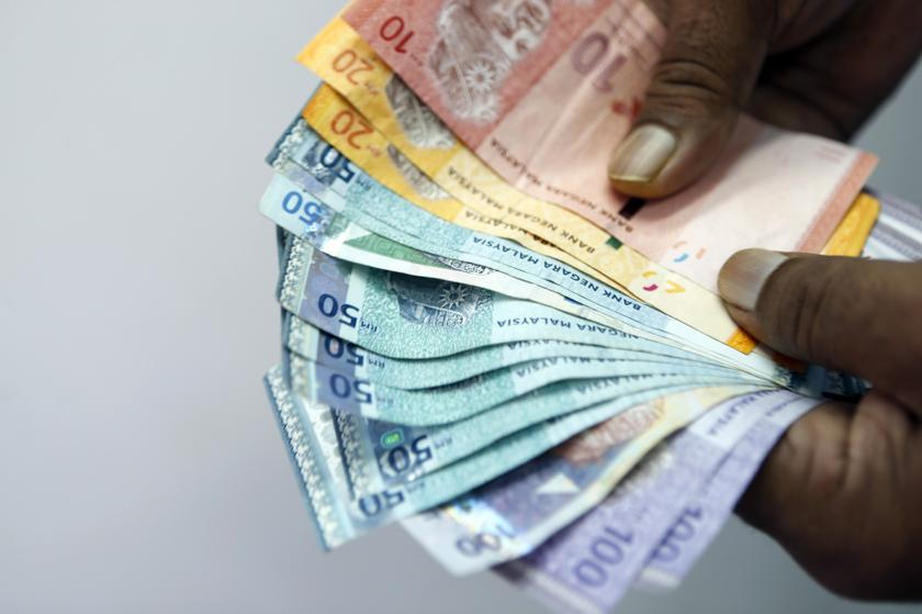 Ringgit to trade on defensive mode against greenback next week