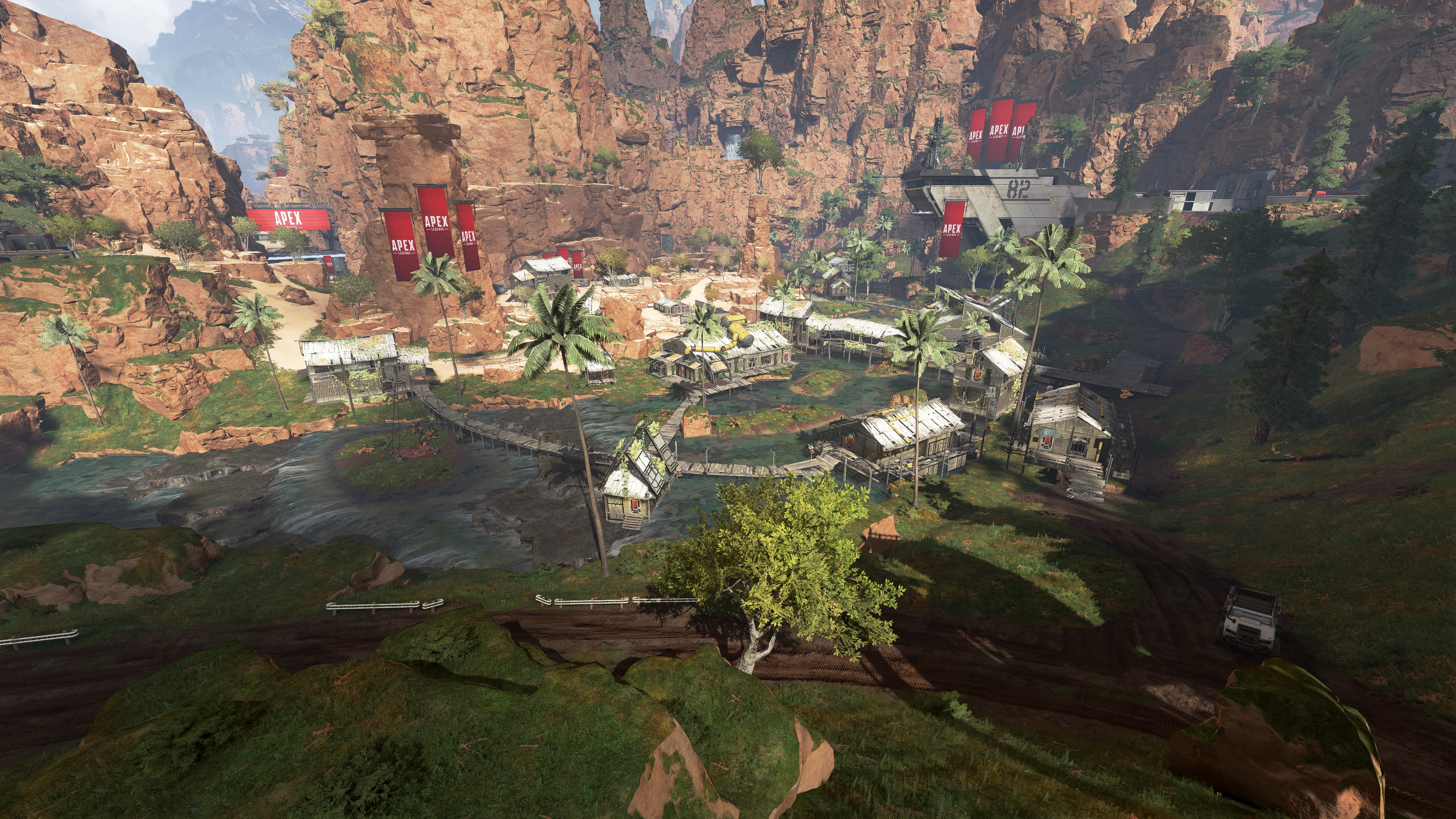 Watch Apex Legends, the Titanfall battle royale game, in action