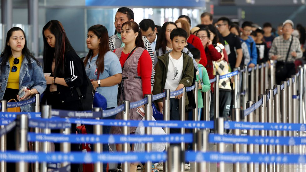 New cross-border transport links bring big rise in mainland Chinese visitors to Hong Kong over Lunar New Year holiday but many returned home the same day