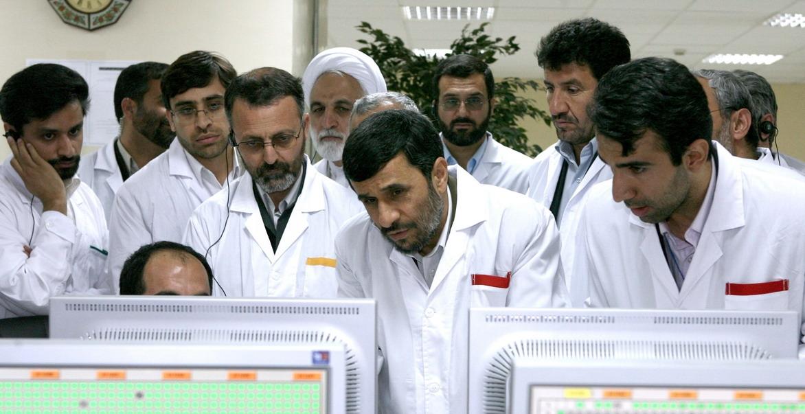 """原创 """"网络核武"""",依靠U盘传播,伊朗核工业因此倒退两年"""