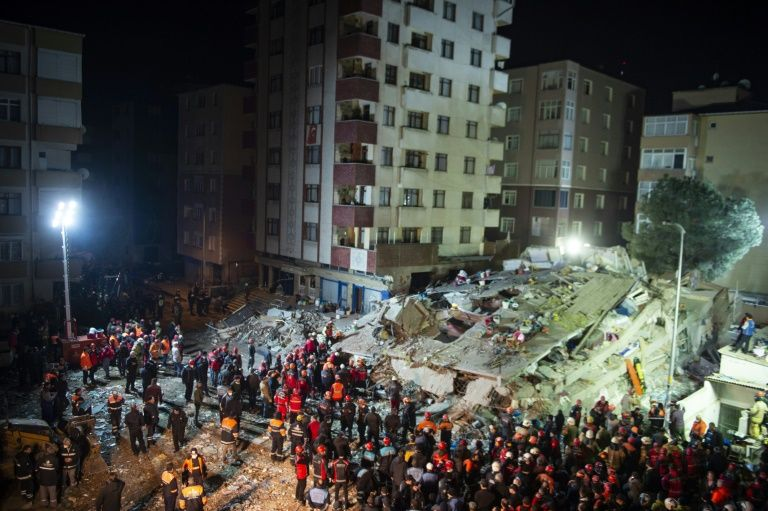 Turkey building collapse death toll rises to 18