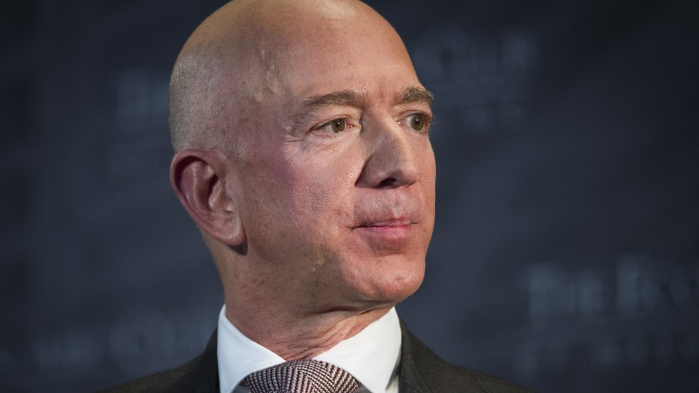 Attorney claims National Enquirer threat to publish Bezos photos was 'journalism', not blackmail